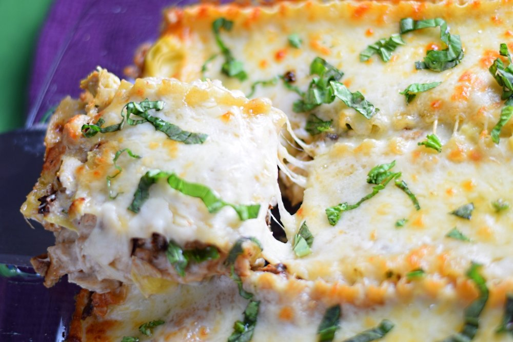 Chicken and artichoke lasagna recipe with basil