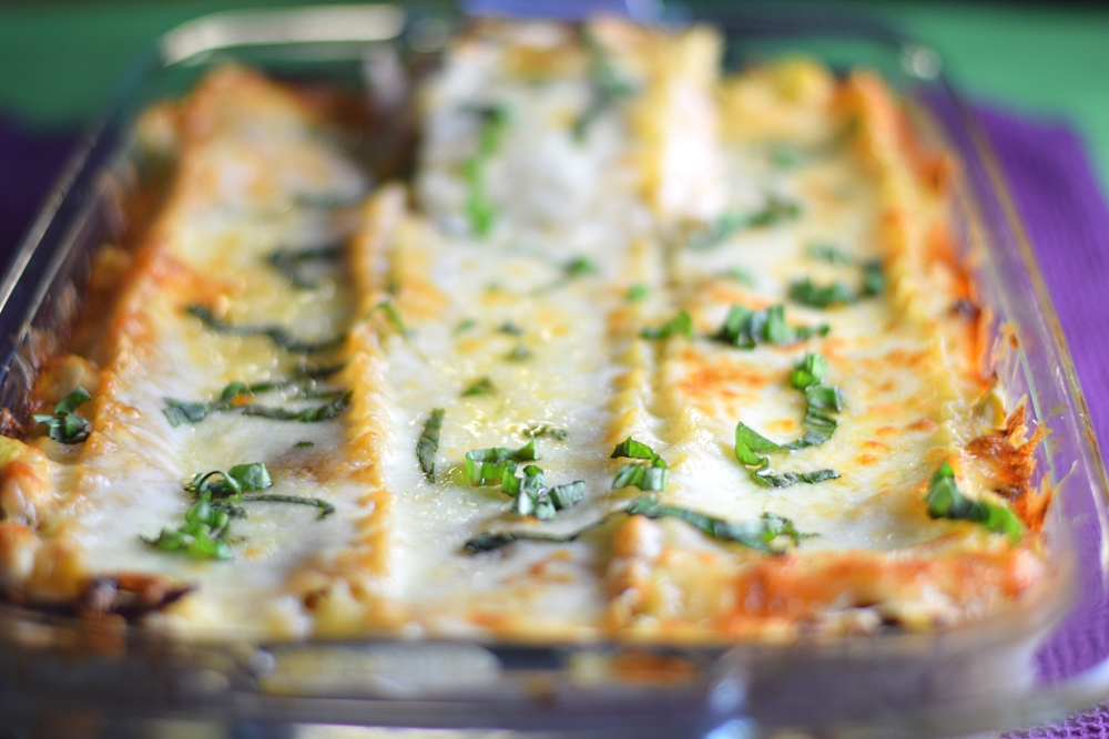 Chicken and artichoke lasagna with basil recipe