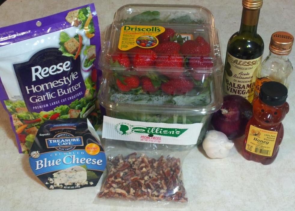 Balsamic Strawberry Summer Salad ingredients
