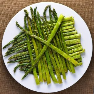 How to roast asparagus in oven above view