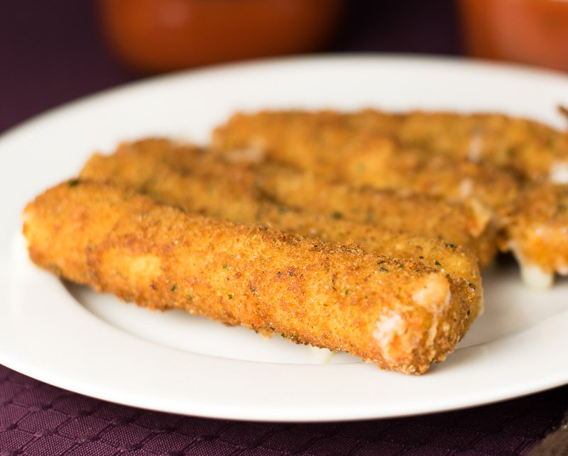Homemade mozzarella sticks recipe with string cheese