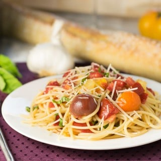 Heirloom Tomato Sauce with Balsamic Vinegar & Olive Oil over Spaghetti
