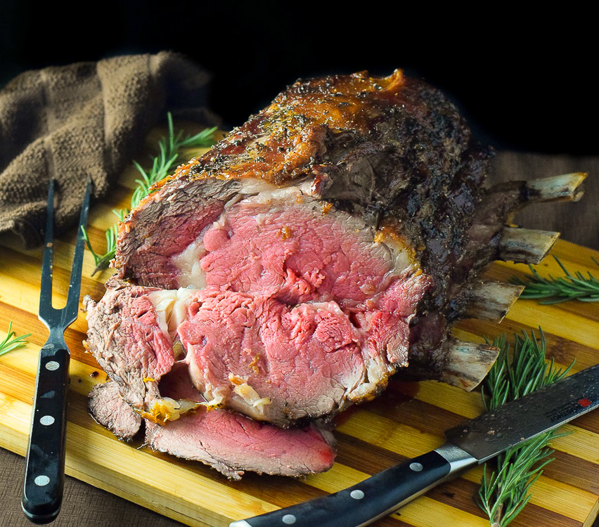 How long to cook bone in prime rib roast