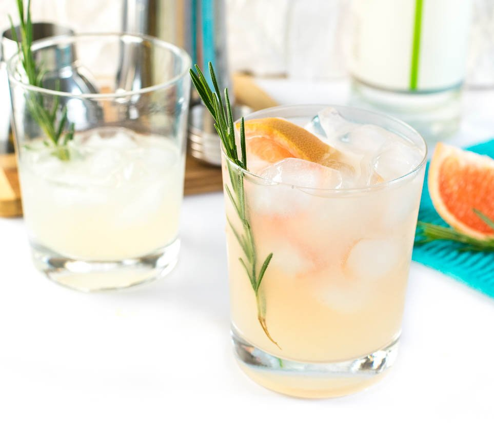 Lime Grapefruit and Rosemary Gin Gimlet Recipe