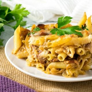 Cheesy Caramelized Onion and Bacon Pasta Bake
