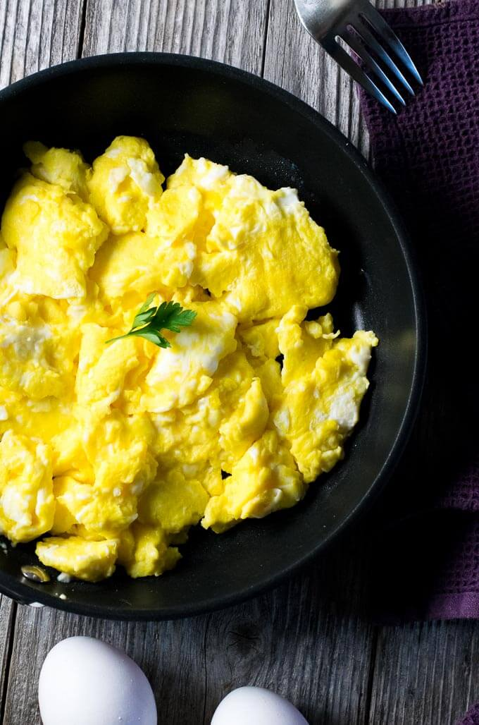 Light Fluffy Scrambled Eggs