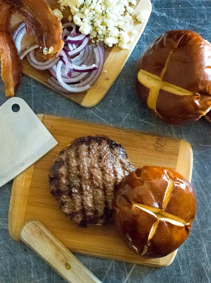 How to Make Venison Burgers