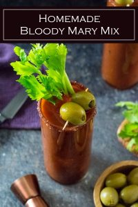 This homemade Bloody Mary mix is incredibly flavorful and easy to prepare #cocktail #vodka #liquor #party
