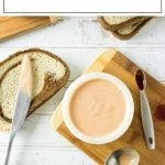 Easy Russian dressing recipe perfect for pastrami or reuben sandwiches. #russian #dressing #salad