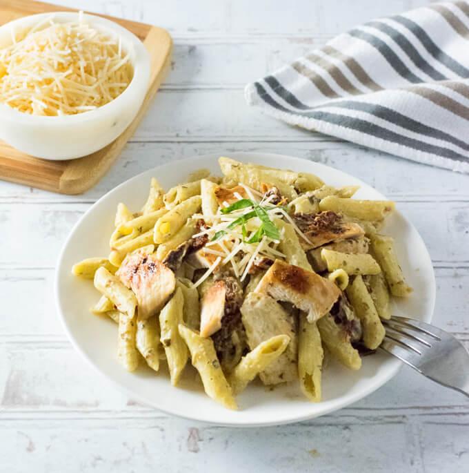 Chicken Pesto Alfredo