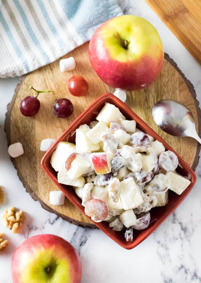 Apple salad with mayo