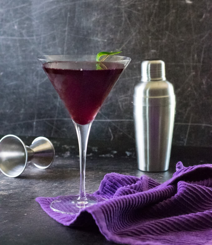 Cosmo cocktail