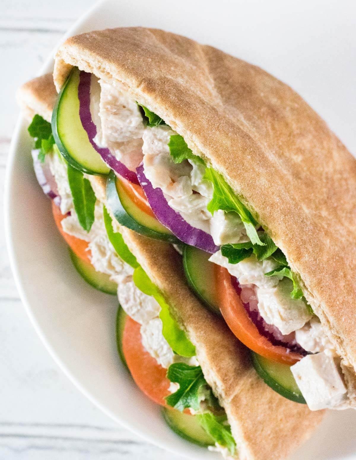 Easy chicken pitas with fresh veggies